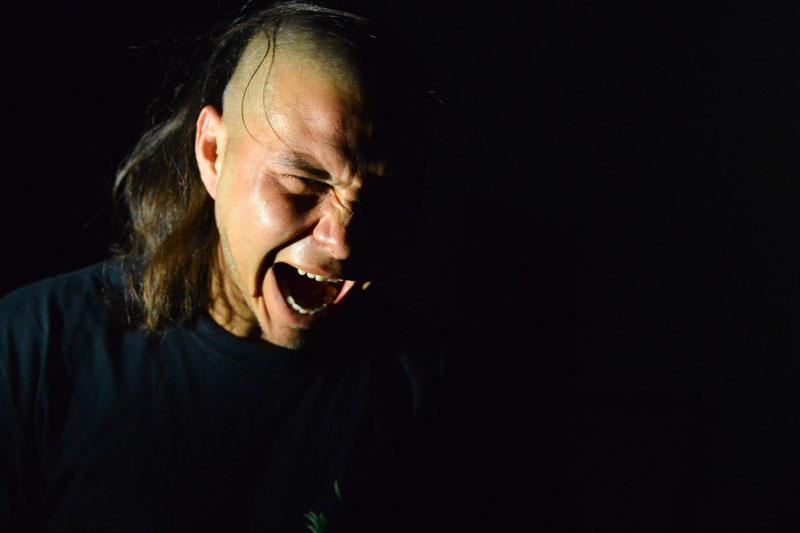 Tránsitos/13: El poder subversivo de la (son)risa.